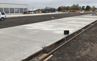 1,300m2 of external concrete floor laid in one day by Level Best.