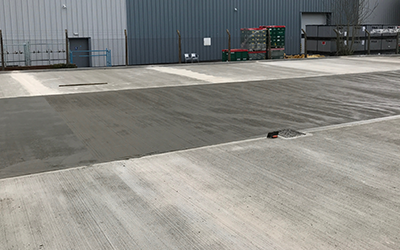 Traditional long strip external concrete floor slabs in Swindon, Wiltshire.