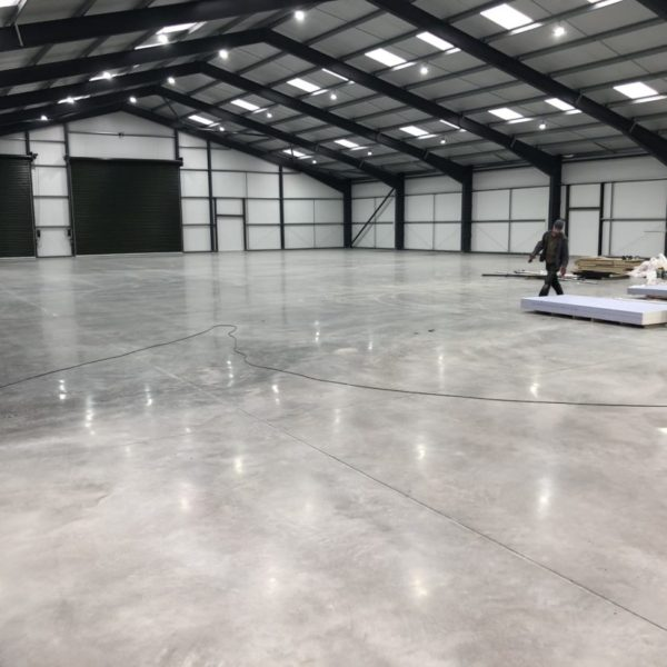 Enhancing-concrete-floor-polishing-carried-out-for-new-retail-customer-in-Tamworth-Staffordshire.-2